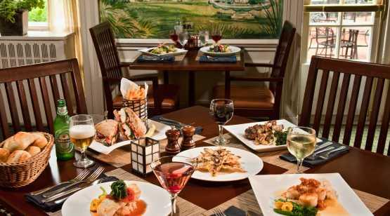 Putnams Food Tables