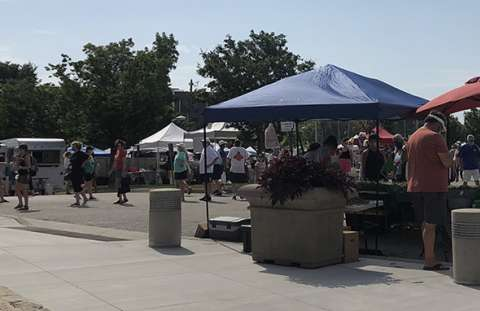 Wednesday Overland Park Farmers' Market