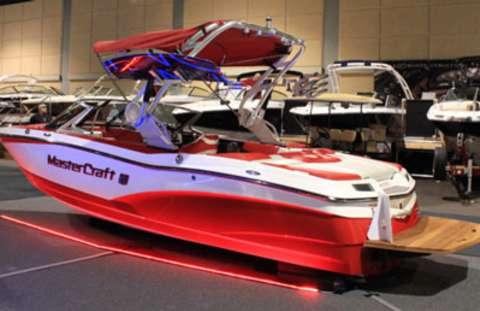 Overland Park Boat Show
