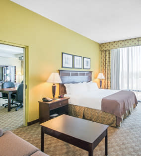 Holiday Inn Tanglewood Roanoke