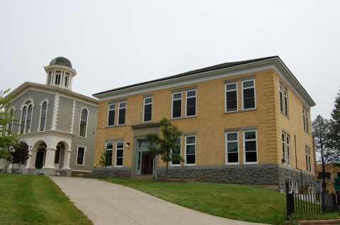 Bicknell Hall