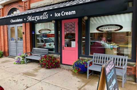Maxwells Chocolates & Ice Cream