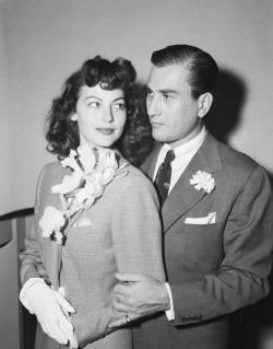 Ava Gardner and Artie Shaw wedding day.