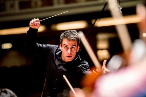 Director Ward Stare conducts the Rochester Philharmonic Orchestra
