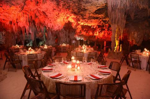 RIO SECRETO - dinner set up.jpg