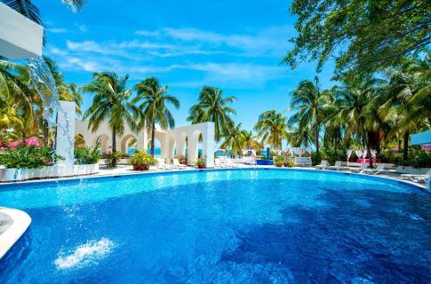 Alberca Grand Oasis Palm