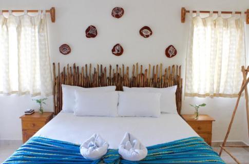 HAB. DELUX HOTEL JAIBA.jpg