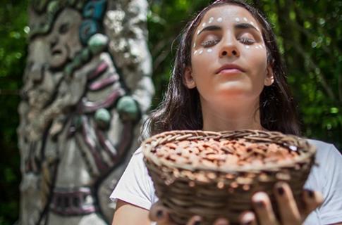 Diosa Ixchel en su altar