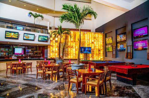 Lobby Sport's Bar