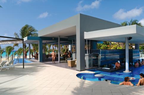 RIU Yucatan - 2 Swim-up bar