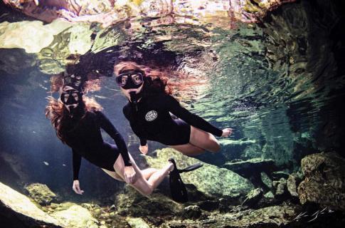 Buceo de snorkel en cenote