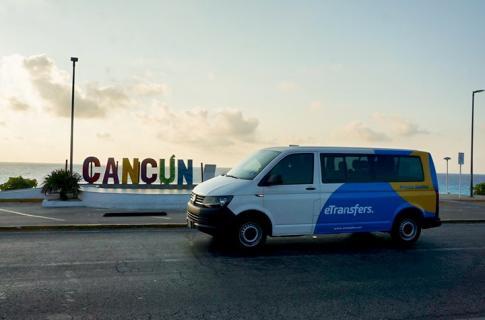 Camioneta en Cancun Spot
