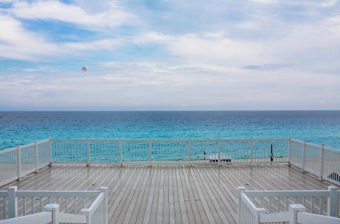 Playa Delfines 4