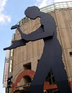 Seattle_Art_Museum_Hammering_Man