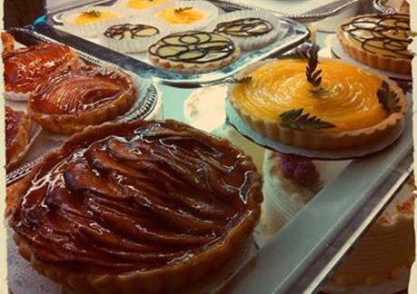 370P3ramones-pastries-2.jpg
