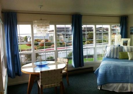 445P3Tide pool room2.jpg