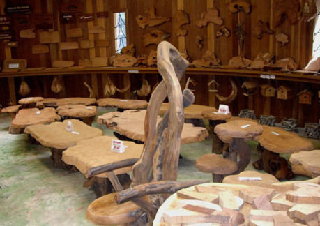 7206P3ancient-redwood-gift-shop.jpg