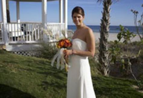 1367420745.4udL.islander-inn-bride-cms.jpg