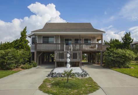 Margaret Rudd_beach house
