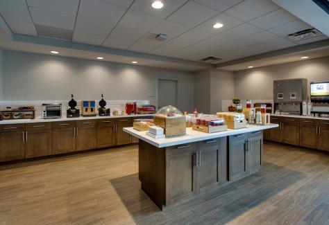 Hampton Inn and Suites_breakfast