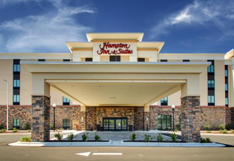 Hampton Inn and Suites_exterior