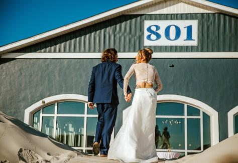801 wedding exterior