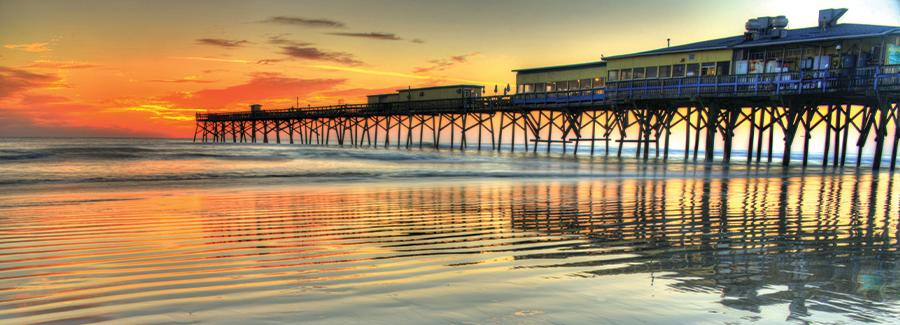 Sunglow Pier in Daytona Beach Shores during a peaceful sunrise