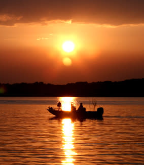 SML Boat Sunset - SML Boat Rentals