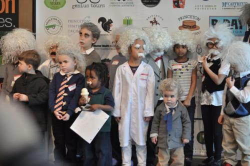 Children dressed up like Albert Einstein for the look-a-like contest
