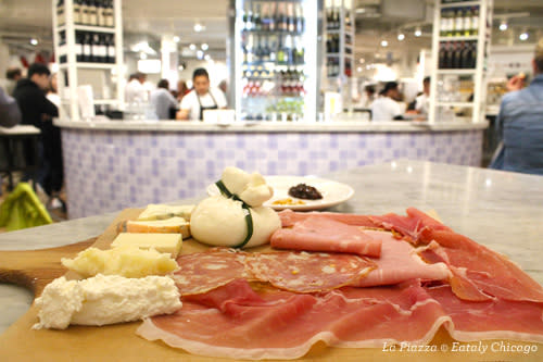 La Piazza at Eataly Chicago