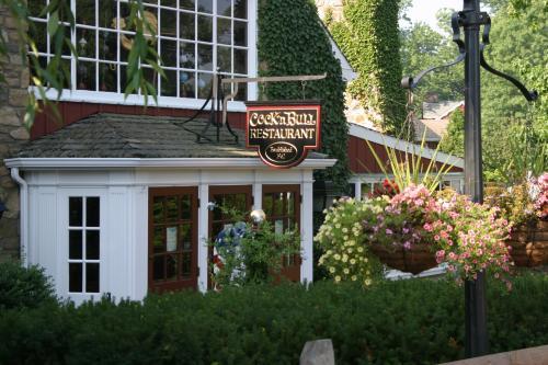 Cock 'n Bull Restaurant exterior