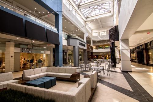 Perimeter Mall Interior