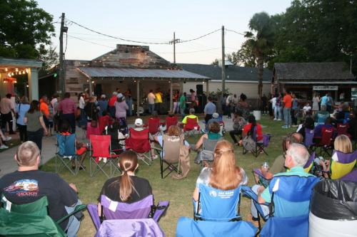 Kenner Rivertown Music in the Park