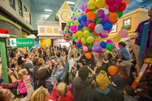 Balloon Drop at DPK