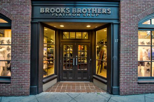 The front entrance of a brooks brothers clothing shop