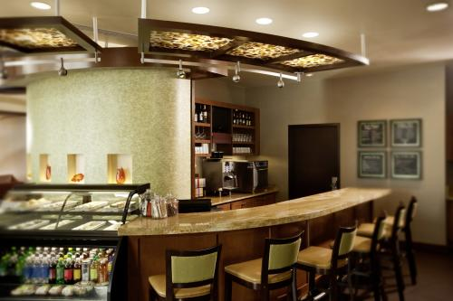 Hyatt Place Bar