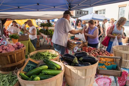Fresh produce being sold at New Albany Farmers Market