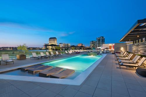 The pool at Westin Irving Convention Center at Las Colinas