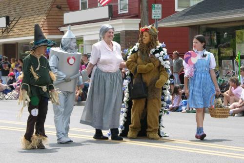 Oz-Stravaganza! parade