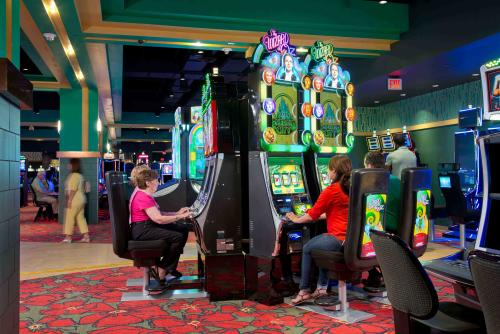 Gaming at the Yellow Brick Road Casino