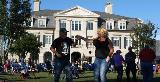 Groovin' at the Grove | Lake Charles