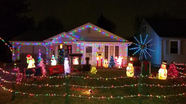 6503 orchard lane_Brian Melton_Best Christmas Light Displays in Fort Wayne, Indiana