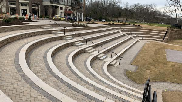 riverwalk amphitheatre