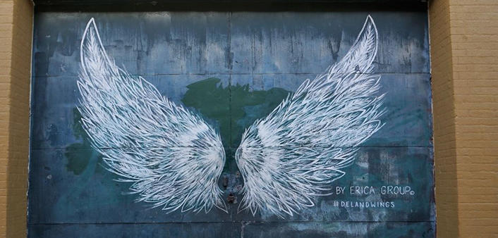 A mural of wings in DeLand