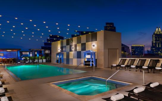 Hilton Austin Skyline Pool