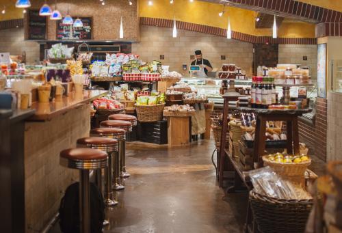Alon's Market