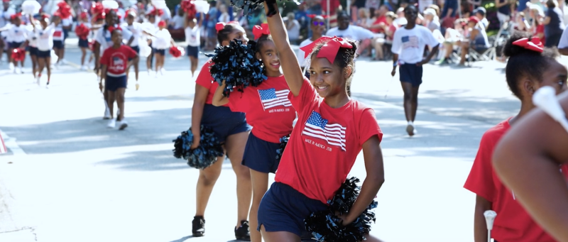4th of July Parade Girls