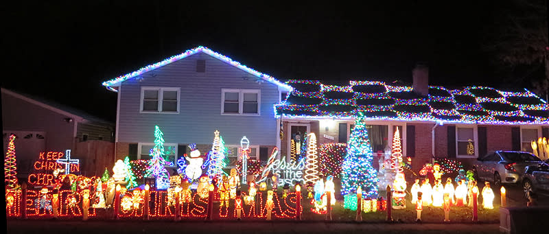 The Ritter Home, Christmas Lights in Fairfax County