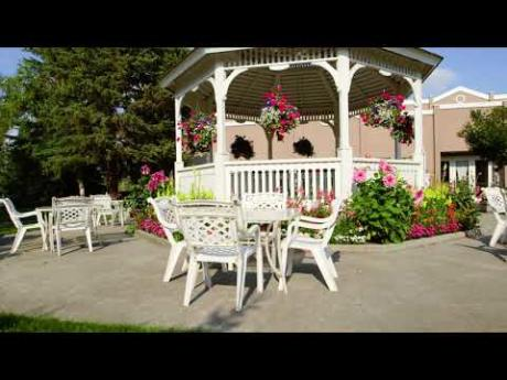 Summertime at Fountainhead Hotels