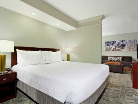 Springhill Suites - King Suite